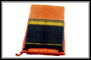 Handloom -body plain, ganga jamuna border with 1'jerry border with out blouse, Rs. 350-4000/-